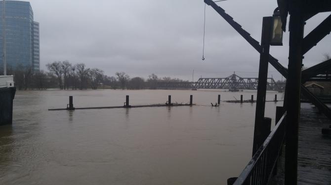 Sacratomatoville Post 1/10/17 I Street Bridge